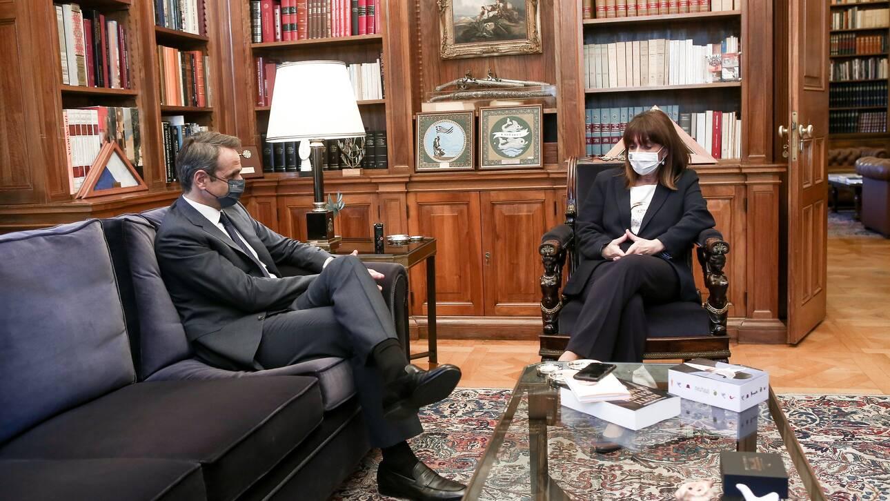 Κορωνοϊός: Διάγγελμα Μητσοτάκη το απόγευμα – Συνάντηση με Σακελλαροπούλου