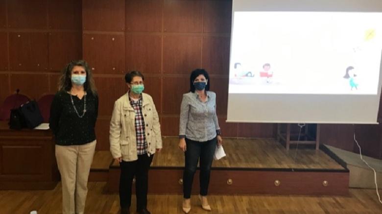 Εκπαιδευτικά προγράμματα για υποψήφιους αναδόχους και θετούς γονείς στο Μεσολόγγι