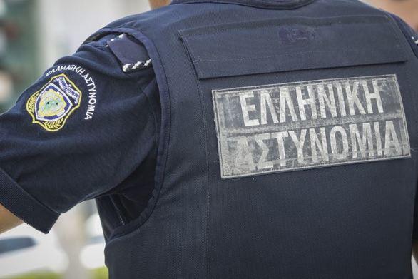 Αστυνομικός έσωσε 5χρονο που κατάπιε κέρμα στο Μεσολόγγι