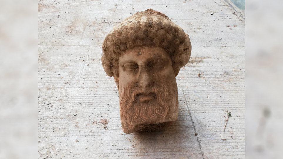 Πρωτότυπο έργο του 4ου αιώνα π.Χ. η κεφαλή της Αιόλου
