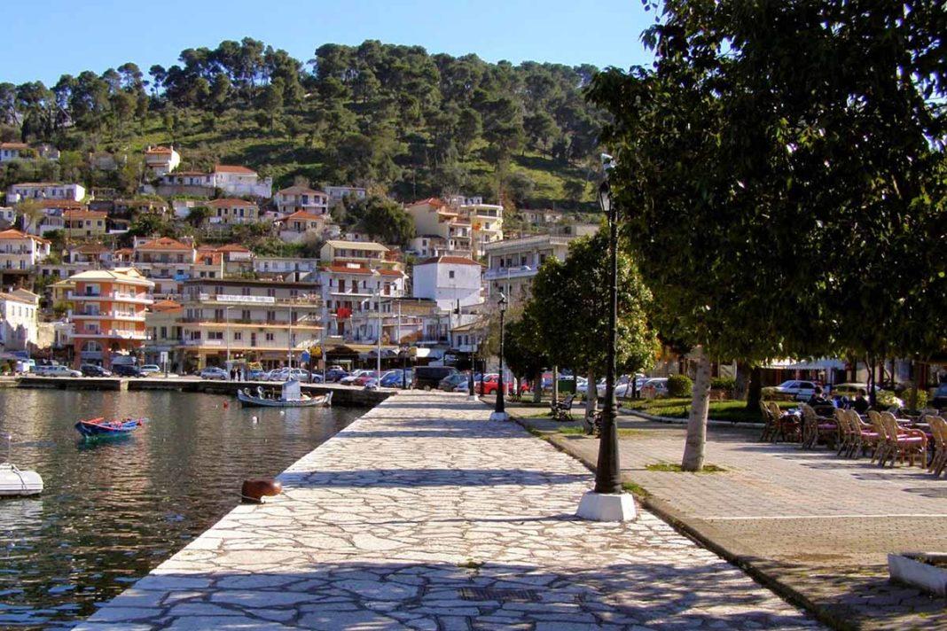 Αμφιλοχία: Παράταση στις αιτήσεις για τραπεζοκαθίσματα-ομπρέλες θαλάσσης σε κοινόχρηστους χώρους
