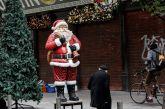 Έρευνα: Μόνο 3 στους 10 Έλληνες θα πραγματοποιήσουν φέτος περισσότερες αγορές για τις γιορτές