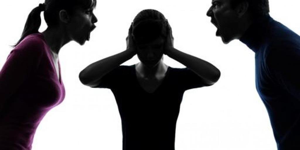 Αγρίνιο: τρεις μηνύσεις σε ενδοοικογενειακό επεισόδιο