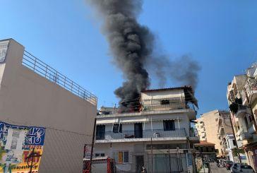 Στις φλόγες σπίτι στο κέντρο του Αγρινίου