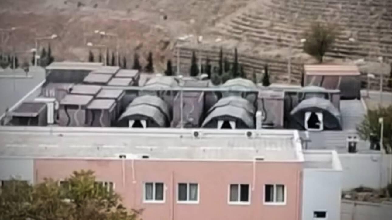 Θεσσαλονίκη: Στήθηκε κινητό νοσοκομείο στο πάρκινγκ του 424 Στρατιωτικού Νοσοκομείου