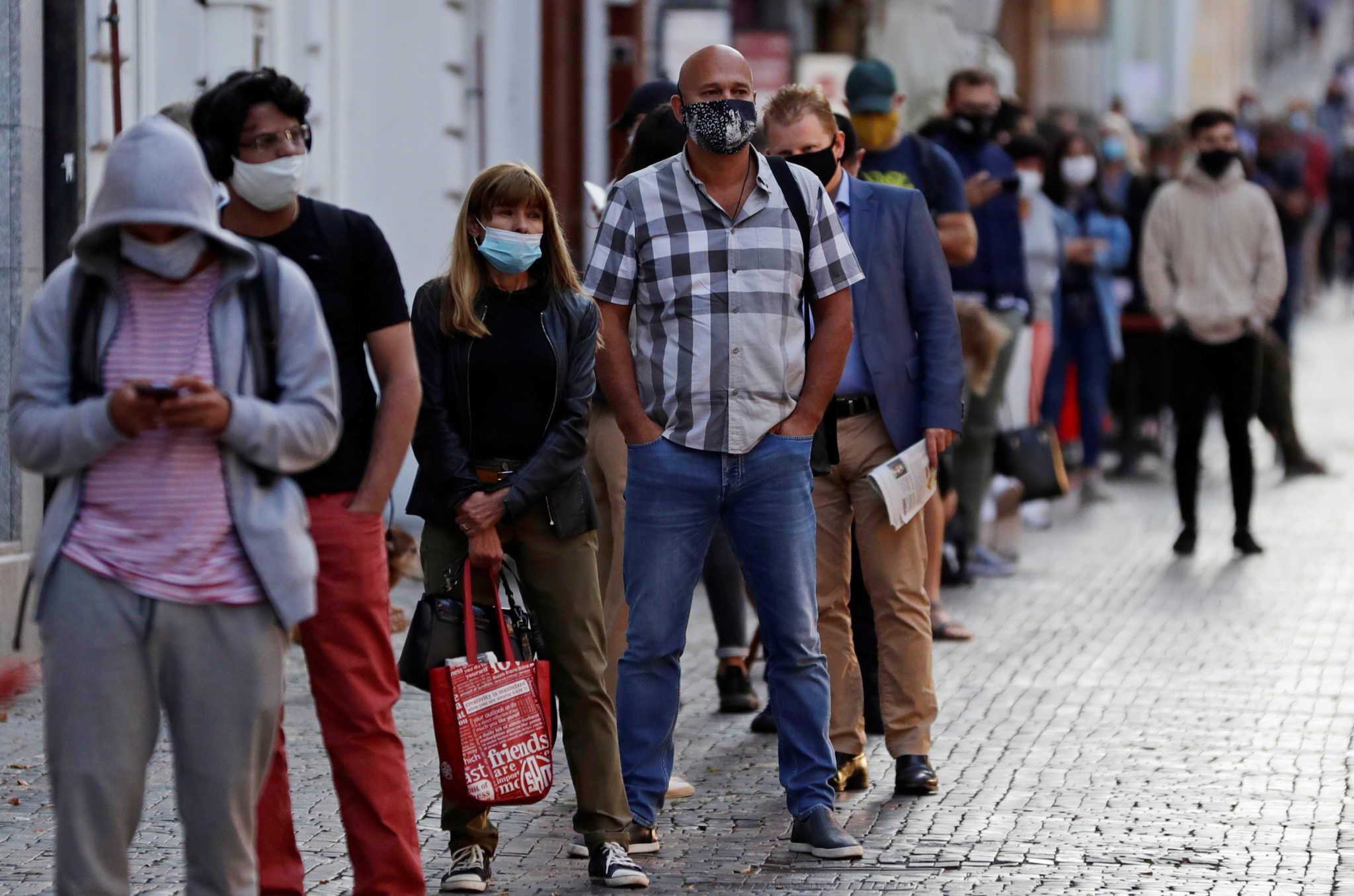 Τούντας: «Ο ιός είναι παντού – Περί τα 100.000 τα ενεργά κρούσματα στην Ελλάδα»