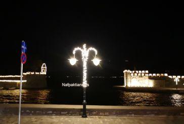 Σε Χριστουγεννιάτικους ρυθμούς η Ναύπακτος