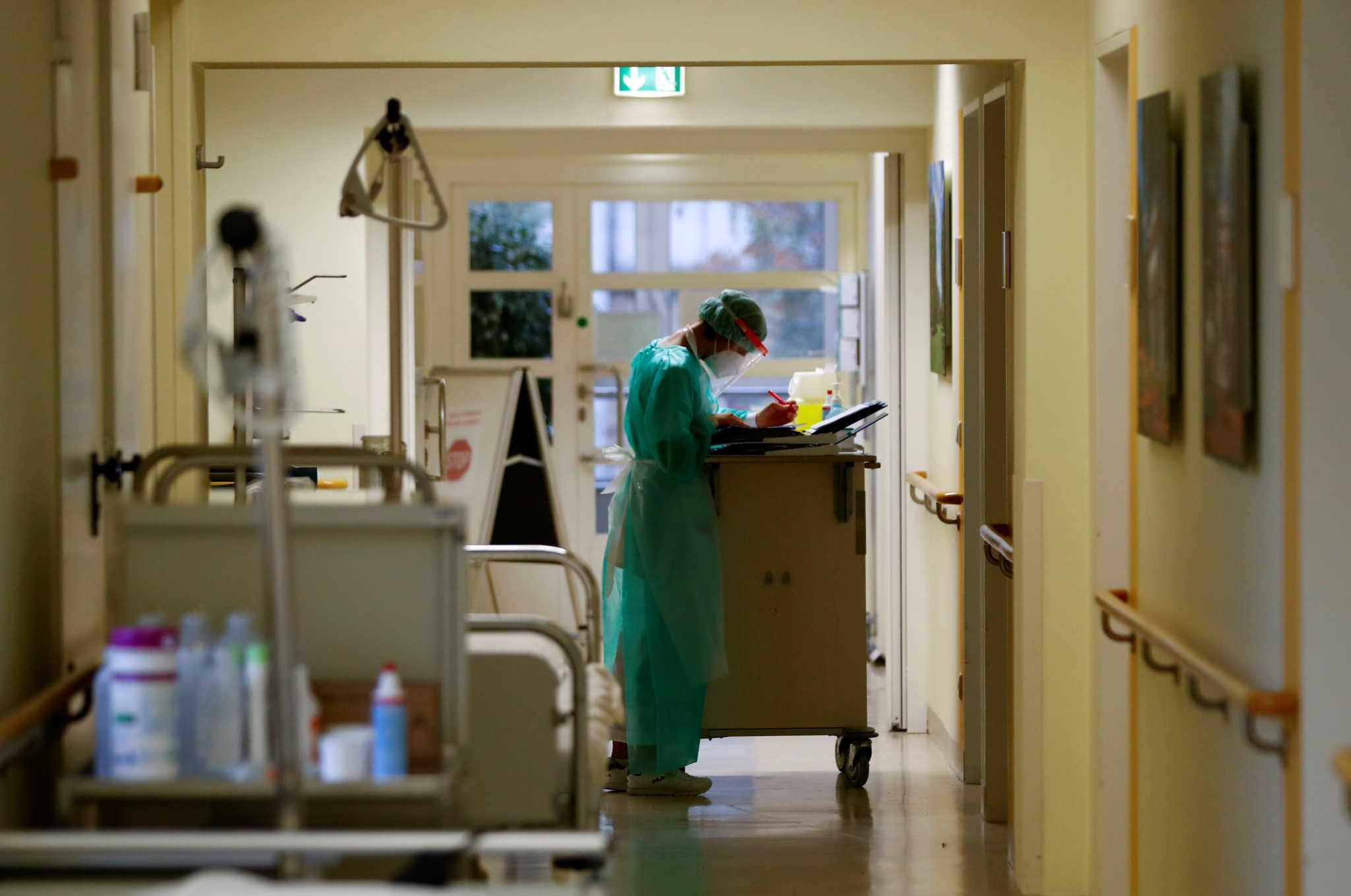 H Aχαΐα στο βαθύ κόκκινο και η ΥΠΕ ρωτά για τις κλίνες του Νοσοκομείου Αγρινίου