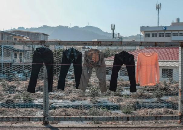 Μπούζι Αγρινίου:βουτάνε κι απλωμενα παντελόνια…