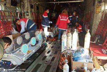 Κορωνοϊός: Η πρώτη αεροδιακομιδή ασθενών από τη Βόρεια Ελλάδα στην Αθήνα