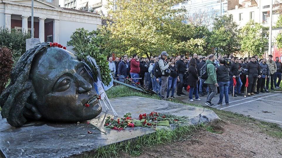 Ο δήμαρχος Αγρινίου για το Πολυτεχνείο: «Η 17η Νοεμβρίουεπέτειος μνήμης για τους αγωνιστές της Δημοκρατίας»