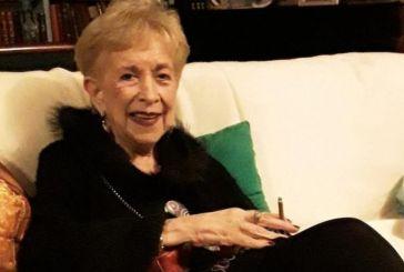 Σάσα Μαννέτα: Πέθανε η στιχουργός και ιστορική παρουσιάστρια της ΕΡΤ