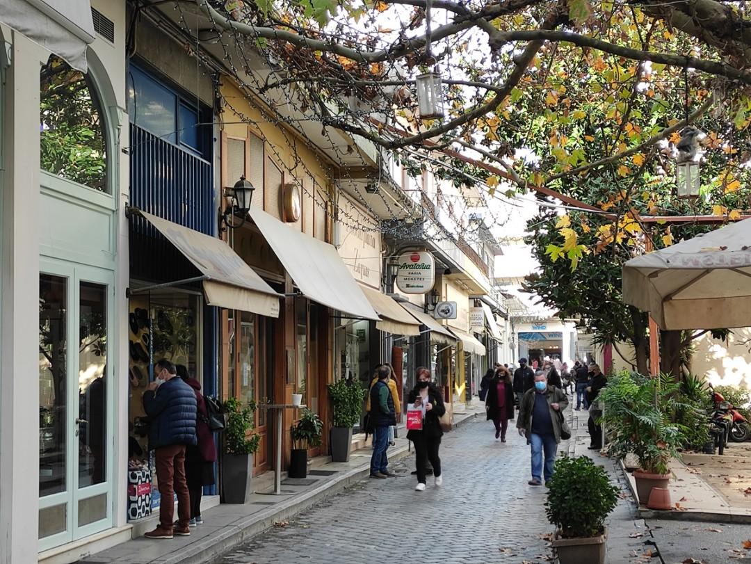 Νέα μέτρα στήριξης επιχειρήσεων: Τι προβλέπει το νομοσχέδιο για ενοίκια, επιδοτήσεις, αναστολή πληρωμών