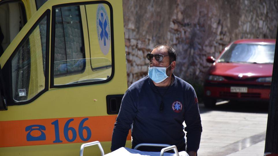 Οικογενειακή τραγωδία στην Κρήτη: Πέθανε άνδρας που τον είχε μαχαιρώσει ο ίδιος του ο πατέρας