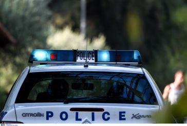 Αγρίνιο: αστυνομική έφοδος σε οικία για ναρκωτικά-μια σύλληψη