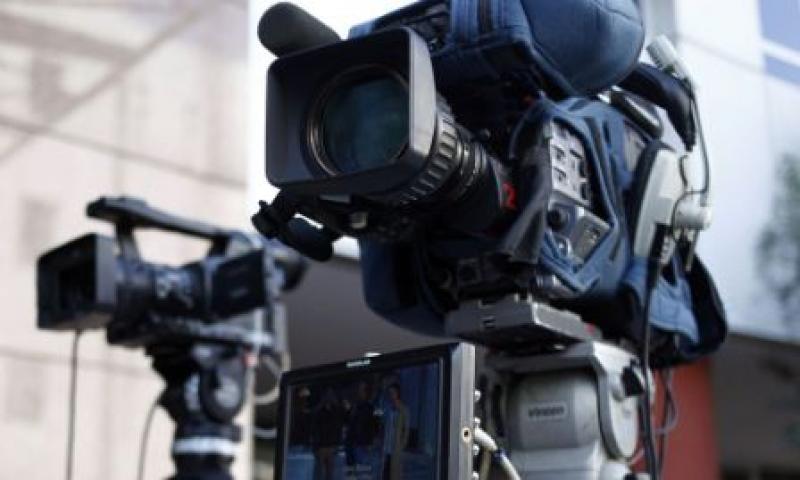 Δελτία ειδήσεων ξανά στα κανάλια – Τέλος στην απεργία
