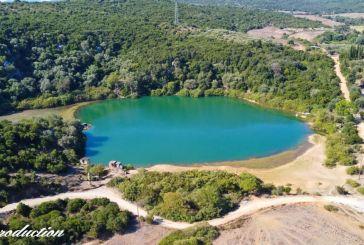 Βίντεο:  Η όμορφη λίμνη στα Λειβαδάκια Βόνιτσας