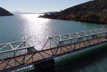 Βίντεο που μαγεύει: πάνω από τις τρεις τεχνητές λίμνες του Αχελώου