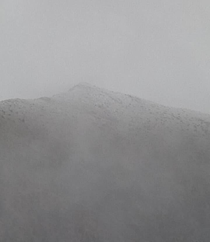 Έπεσαν τα πρώτα χιόνια στην Oρεινή Ναυπακτία