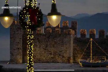 Βίντεο: Η Ναύπακτος φορά τα γιορτινά της