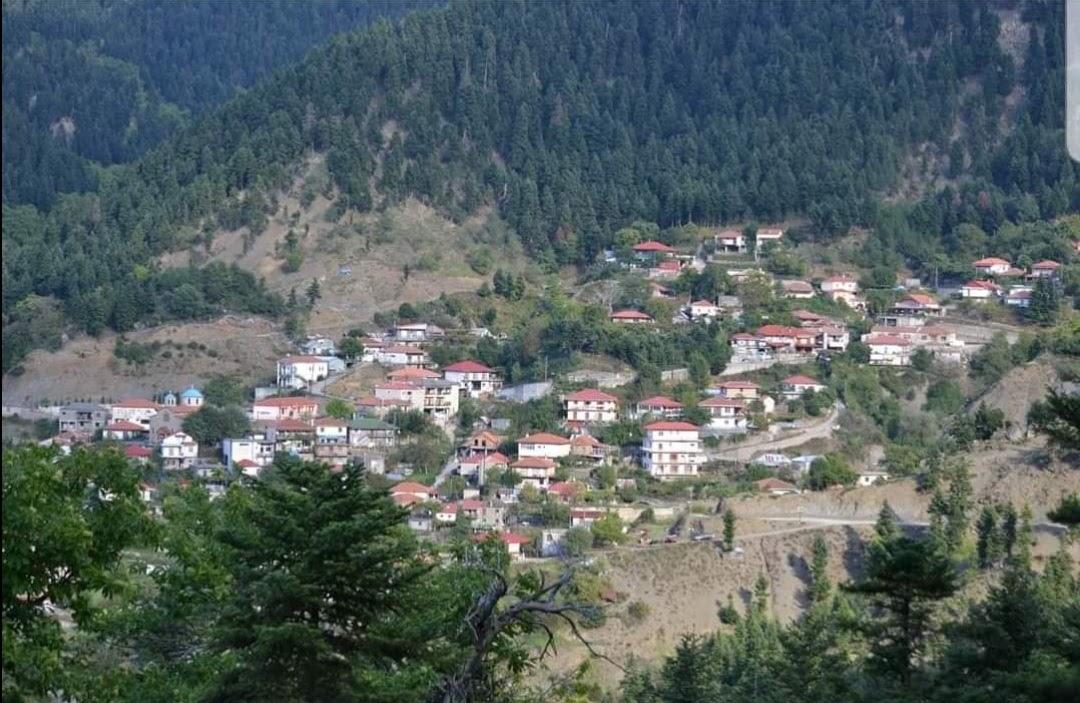 Υγειονομικό lockdown στο Ραπτόπουλο Ευρυτανίας – Η αστυνομία απέκλεισε το χωριό