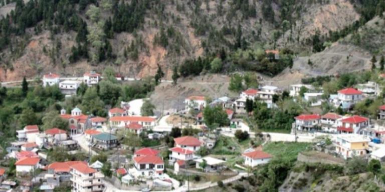 Ραπτόπουλο Αγράφων: Ενα γλέντι σκόρπισε τον κορωνοϊό στο χωριό – 30 κρούσματα, οι 7 διασωληνωμένοι