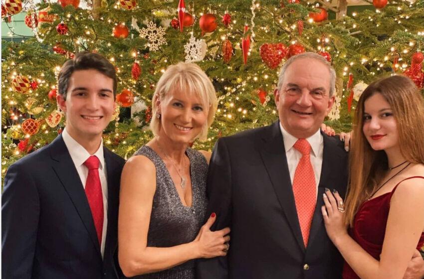 Οι οικογενειακές ευχές του Κώστα Καραμανλή