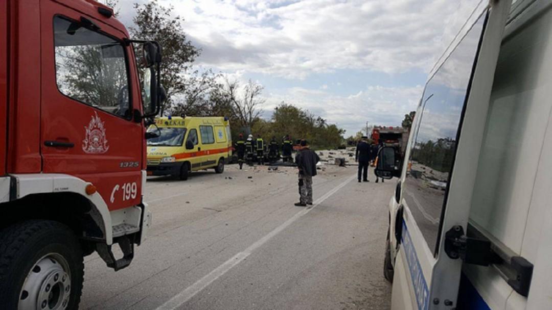 Τροχαίο ατύχημα με εγκλωβισμό οδηγού στην εθνική οδό Αμφιλοχίας-Βόνιτσας
