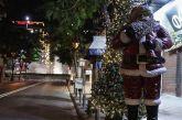 Φειδωλά τα κορωνο-Χριστούγεννα: Λιανεμπόριο με δόσεις, σχολεία και εστίαση από το 2021