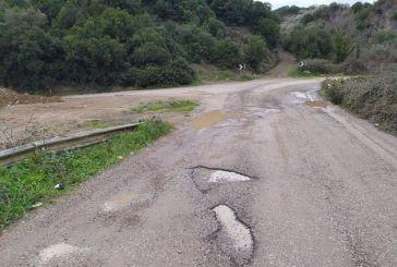 """Καρόδρομος η """"εθνική"""" οδός Αγρινίου-Καρπενησίου"""