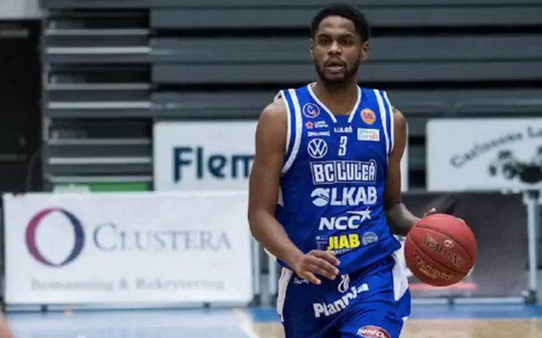 Basket League: Ο υιός του Αντόνιο Ντέιβις, Έι Τζέι στο Μεσολόγγι