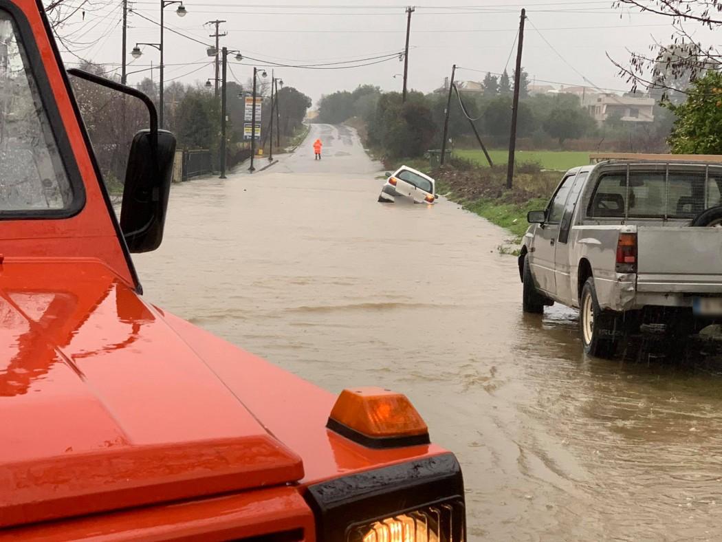 Eιδική τηλεφωνική γραμμή στον Δήμο Αγρινίου για τα προβλήματα από την κακοκαιρία