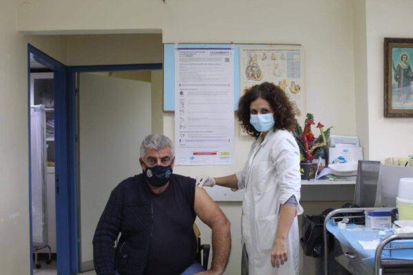 Κορωνοϊός: Ξεκίνησε ο εμβολιασμός αστυνομικών και πυροσβεστών και στο Νοσοκομείο Μεσολογγίου