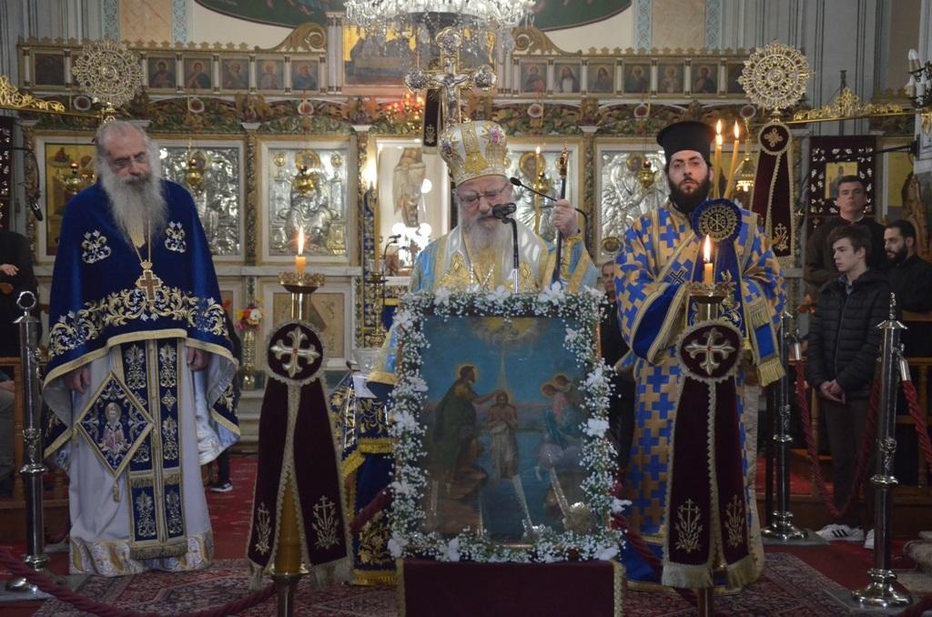 Μητροπολίτης Κοσμάς: «Ο διάβολος δεν ανέχεται και δεν αντέχει τον Αγιασμό»
