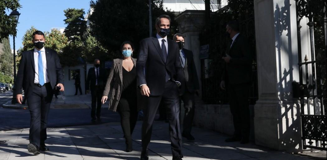 Ορκωμοσία υπουργών: ΠρωθυπουργόςκαιΙερώνυμος δεν αντάλλαξαν κουβέντα