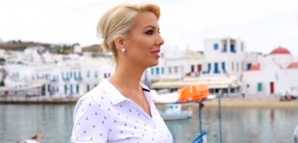 Βουλευτής της ΝΔ πρωταγωνιστεί σε… videoclip τραγουδιού που γράφτηκε για εκείνη