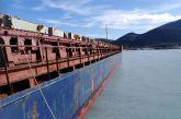 Λευκάδα: Φορτηγό πλοίο προσάραξε στη Βασιλική