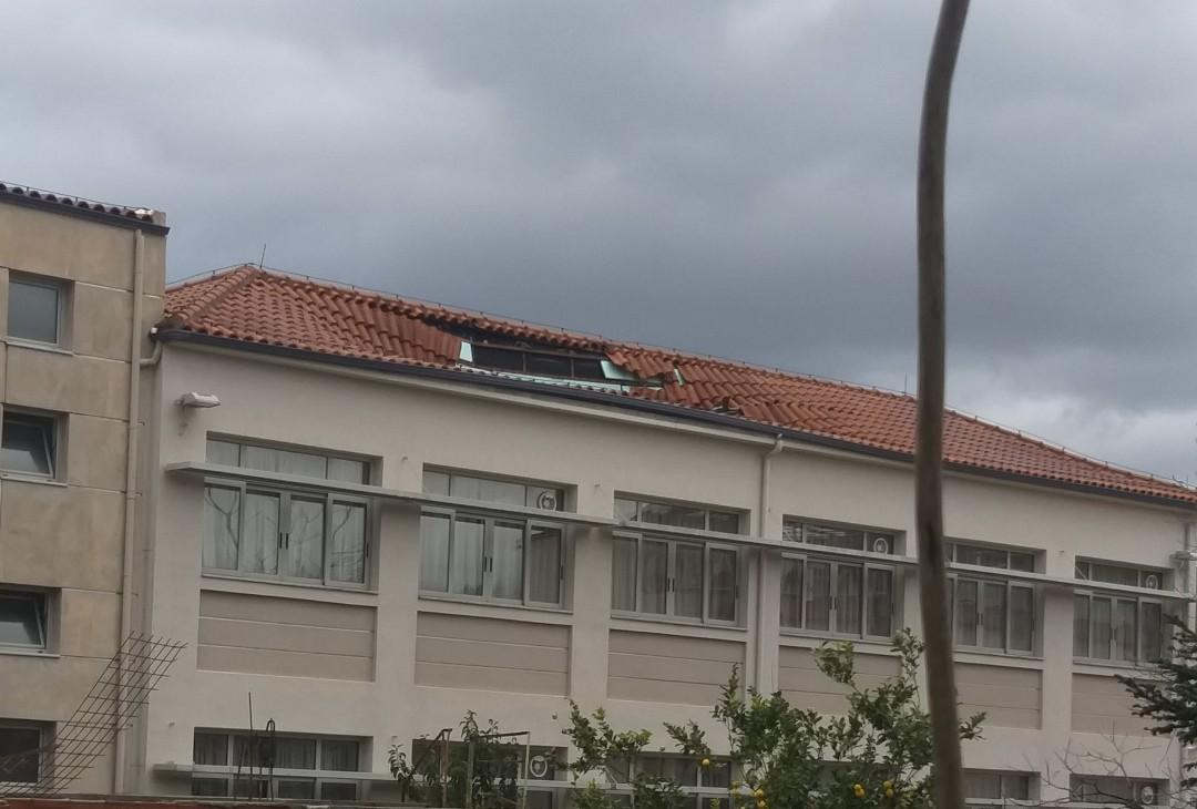 Υποχώρησε τμήμα της στέγης του 2ου δημοτικού σχολείου Αγρινίου
