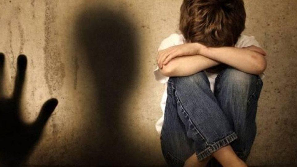 Αποπλάνηση 13χρονου μαθητή: Τώρα ζητά συγνώμη η καθηγήτρια από τον μαθητή και την οικογένειά του
