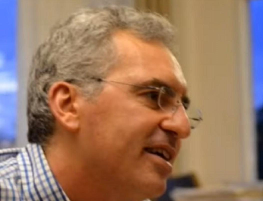 Παραιτήθηκε on air καθηγητής του Δημοκρίτειου Πανεπιστημίου- «Σατανίστρια η Κεραμέως» (βίντεο)