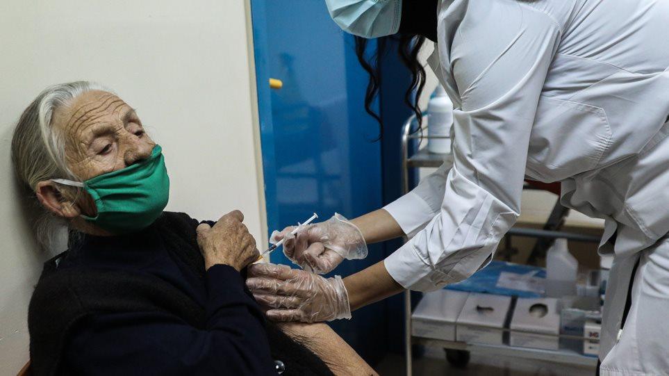 Κορωνοϊός: Δεύτερη εμβολιαστική γραμμή στο Νοσοκομείο Αγρινίου