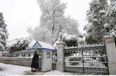 Περηφάνια για τον Αγρινιώτη εύζωνα που φυλάει σκοπιά στον χιονιά