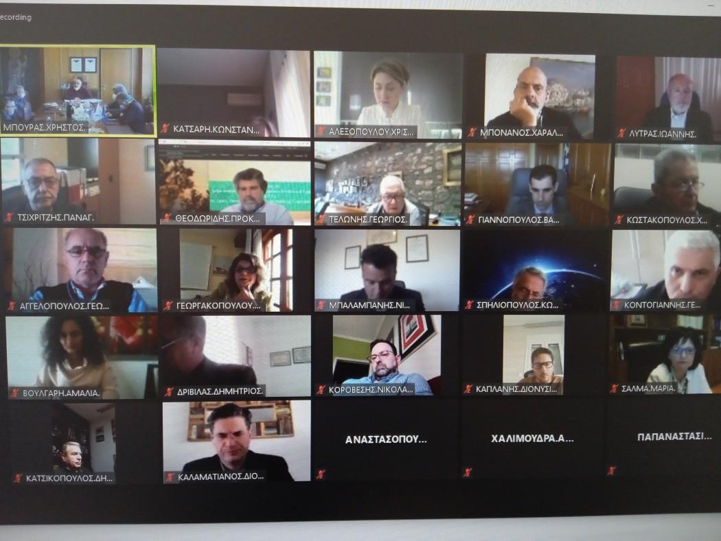 Περιφερειακό Συμβούλιο: εξακτινωμένο Πανεπιστήμιο Πατρών με κοσμητεία στην Αιτωλοακαρνανία