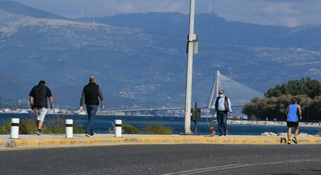 Καθολικό lockdown σε Πάτρα και Χαλκίδα και Άγιο Νικόλαο εισηγείται η επιτροπή εμπειρογνωμόνων