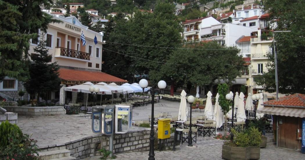 Συνεχίζονται οι παράνομες επισκέψεις τουριστών στο Καρπενήσι