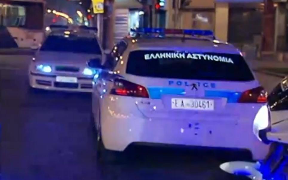 Πήδηξαν από μπαλκόνι στη Θεσσαλονίκη για να γλιτώσουν το πρόστιμο για το κορονο-πάρτι
