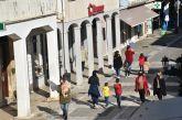 Λευκάδα: «Επιστράτευσε» μεγάφωνα η δημοτική αστυνομία για προστασία από τον covid-19