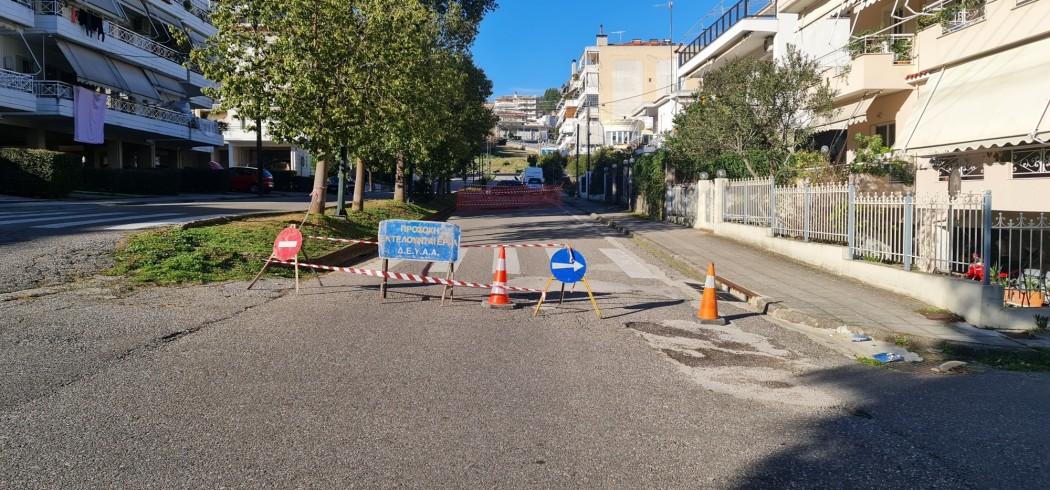 Αγρίνιο: Κλειστό το ρεύμα ανόδου στην Μαρίνου Αντύπα λόγω της καθίζησης