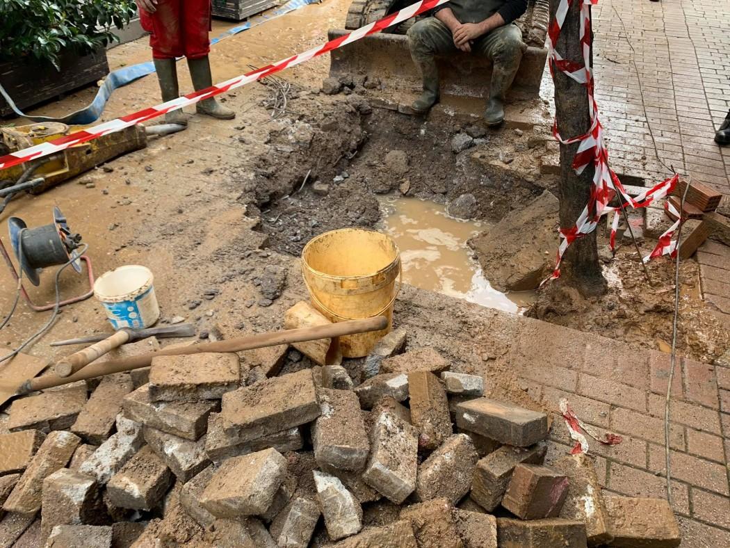 Αγρίνιο: Εργασίες της ΔΕΥΑ στο κέντρο του Αγρινίου προς αποκατάσταση βλαβών