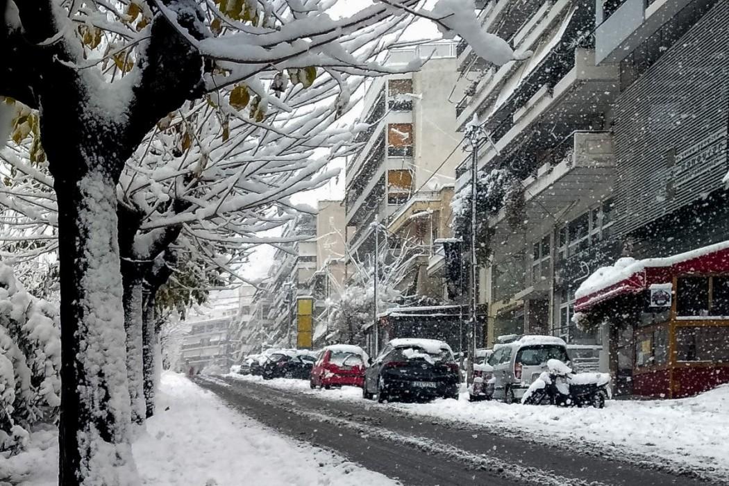 Χιονιά 40ετίας έφερε η «Μήδεια» στην Αττική, χιόνιζε επί 36 ώρες